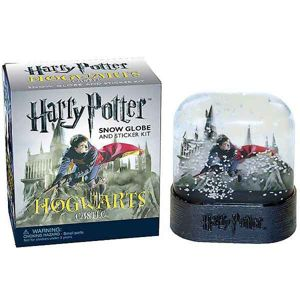 Harry Potter Hogwarts Castle Snow Globe and Sticker Kit (Miniature Editions)  RP449262