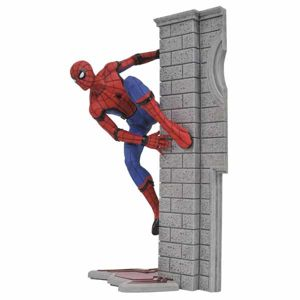 Marvel Gallery: Spider-Man Homecoming PVC Statue 25 cm DIAMAUG172644